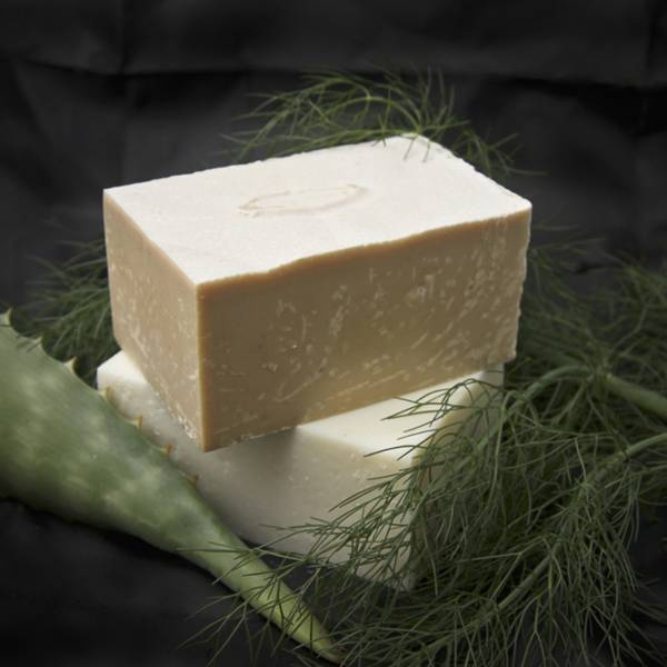 Olive & Ash Avocado, Aloe & Sandalwood Soap